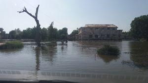 Mirpurkhas Hostel update- floods, mosquitos and delays